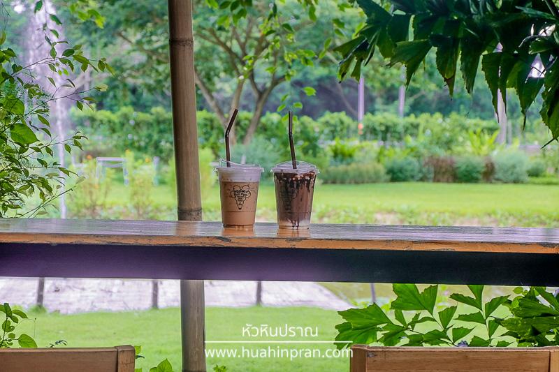 208 Buri Pran Cafe and organic farm